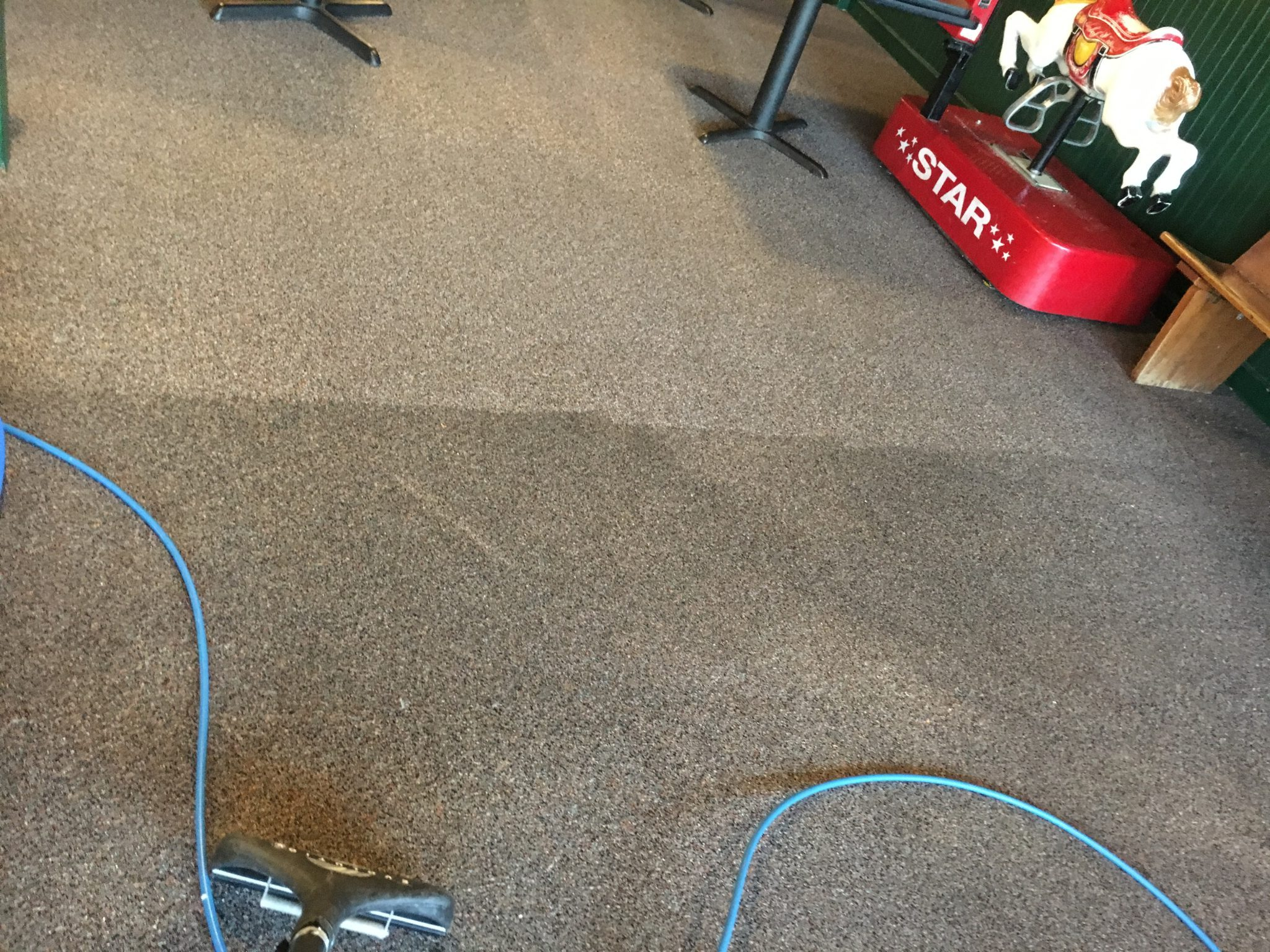 Cleaning Methods for Commercial Carpets