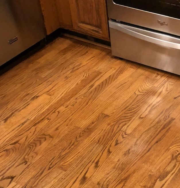Wood floor cleaning picture